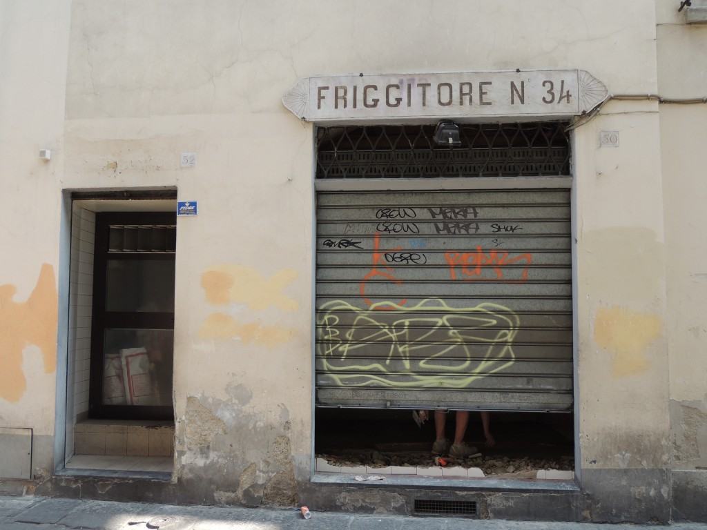 Ultima insegna friggitoria 34