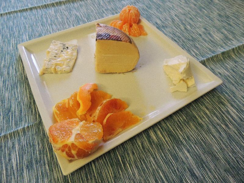 Formaggio e arance