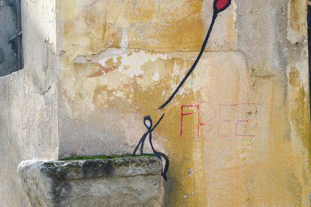 Scrivere sui muri