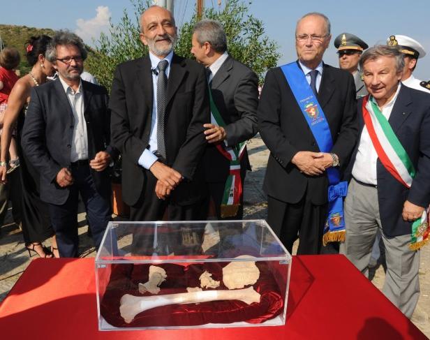 le ossa pronte per il Mausoleo di Caravaggio