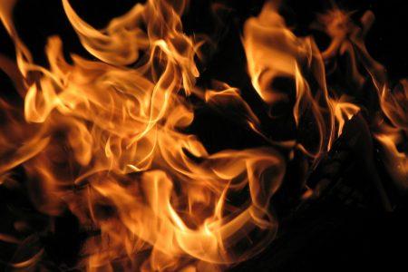 Bruciamoli tutti
