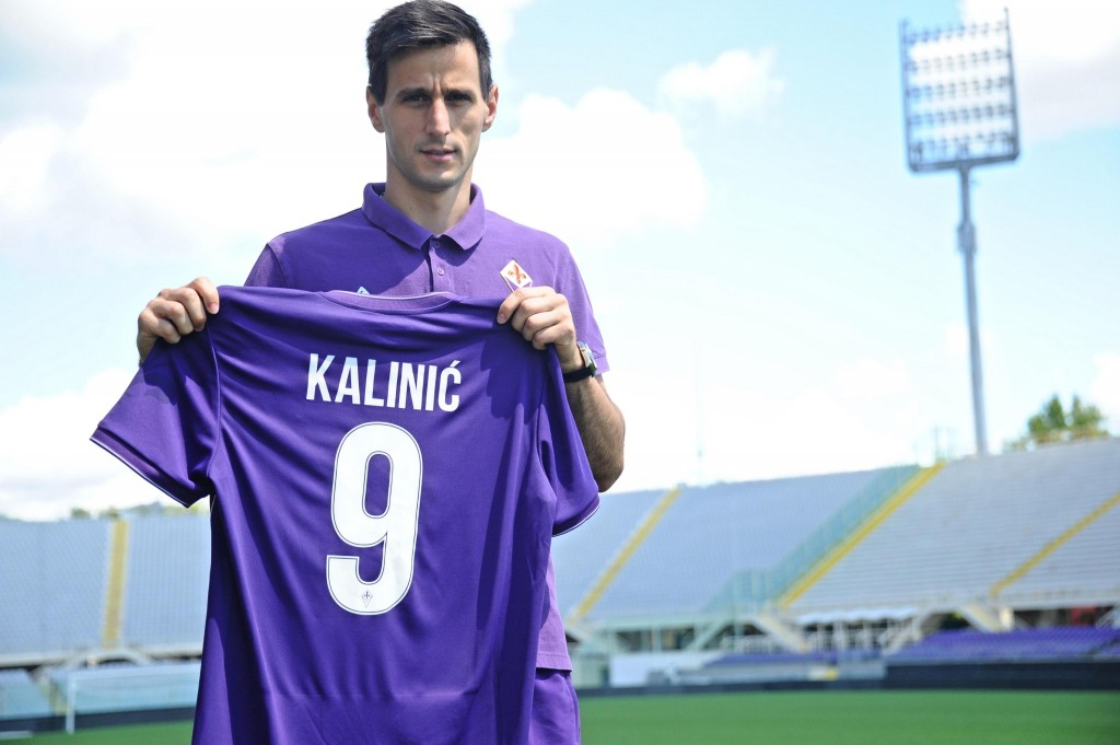 Fiorentina's new forward, Croatian Nikola Kalinic. Florence (Italy), August 19th 2015. ANSA/MAURIZIO DEGL'INNOCENTI
