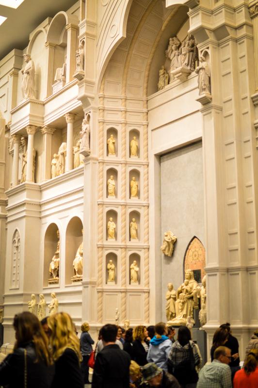 la trecentesca facciata del Duomo ricostruita