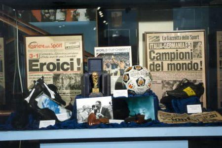 L'Arno dà di fòri: presentazione del libro