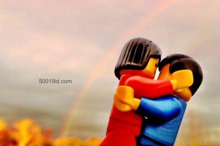 ME&TE | Under the rainbow