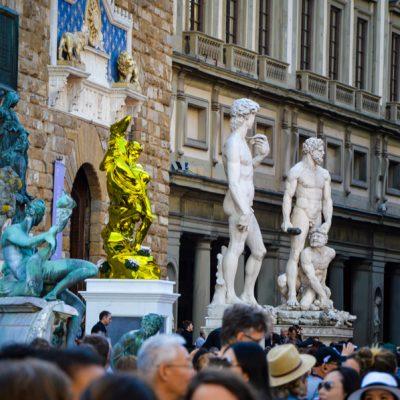 Lo scandalo della statua di Jeff Koons