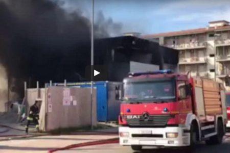 Scandicci, fiamme nel cantiere della nuova sede della Croce Rossa