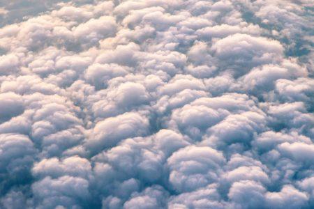 Continua la corsa verso la nuvola